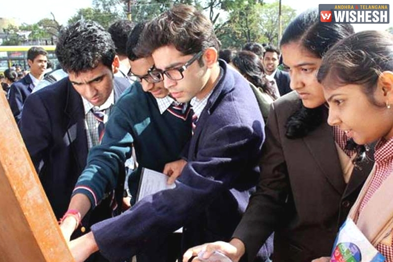 Ghaziabad students get high scores in CBSE class 10 results