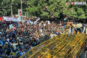 JNU Protest: Four Metro Stations Gates Shut