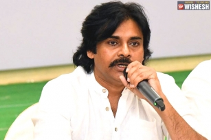 Pawan Kalyan Extends His Support For Amaravati Farmers