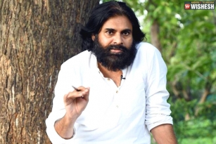 Pawan Kalyan Surprises his Fans and Film Fraternity on Twitter