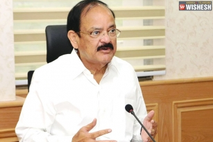 Vice President Venkaiah Naidu Reviews Coronavirus Lockdown