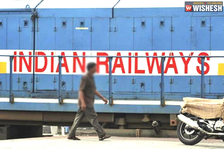 Indian Railways In A Deal With E-commerce Firms
